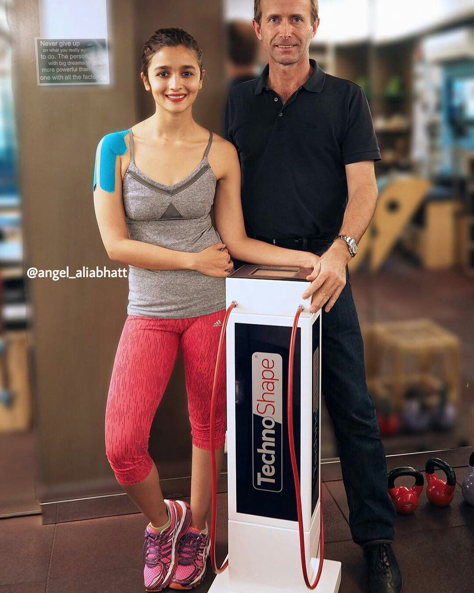 At gym !! @aliaa08  #AliaBhatt #angel_aliabhatt #gym #gymlife #cute #Smile #love #FolloMe<br>http://pic.twitter.com/QZI9a4vST2
