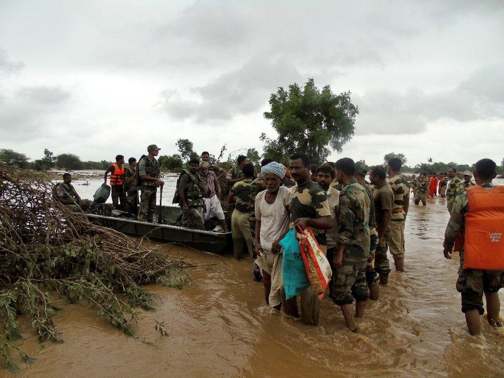 rescue operation in flood in bihar In what has perhaps been the worst flash flood in living memory in johannesburg, south africa, at least one fatality has been reported and an alleged 100 cars we can confirm that there is a search and rescue operation underway, the fire department is busy searching for those that may have drowned.