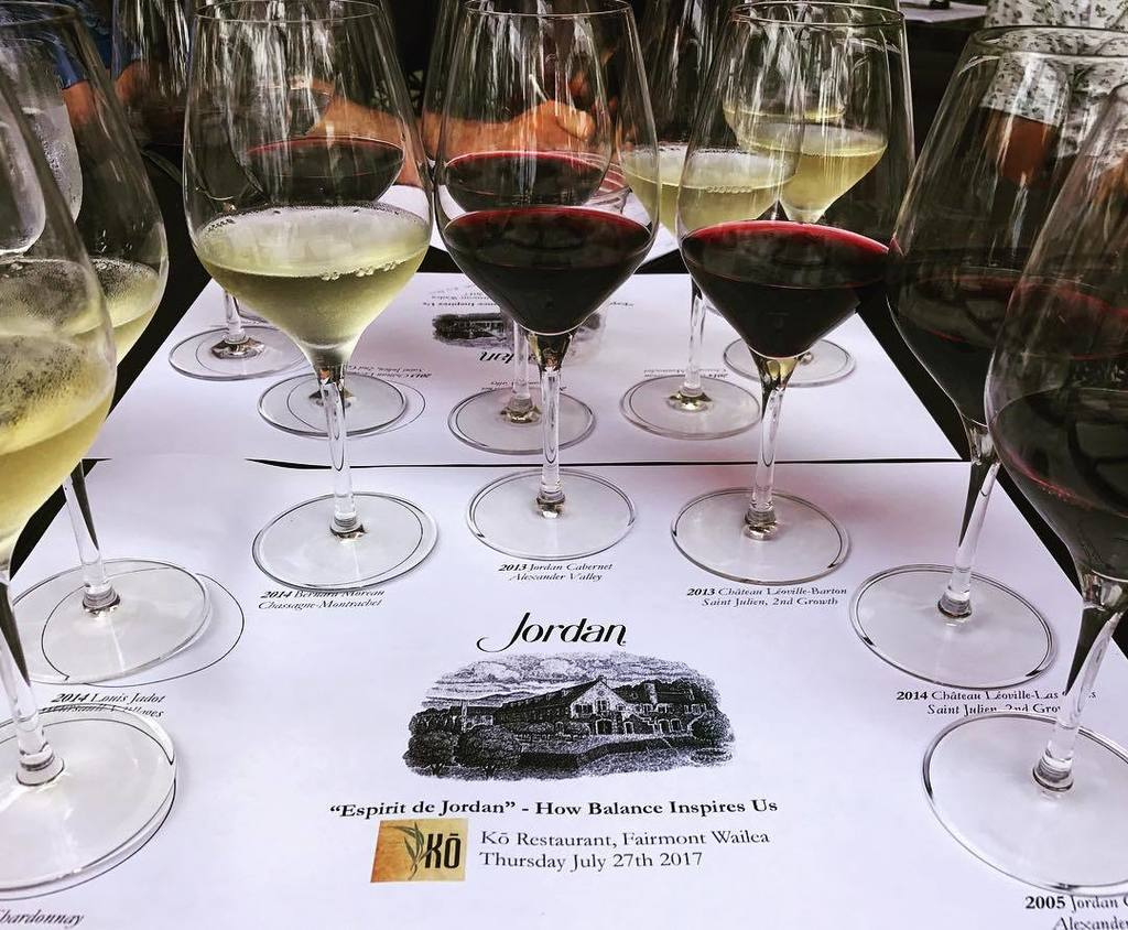 Pairing the right wine for my lunch #choices #jordan #jadot #chateauleoville #sidebyside @ko_restaurant @jordanwinery<br>http://pic.twitter.com/MSA9iguvPw