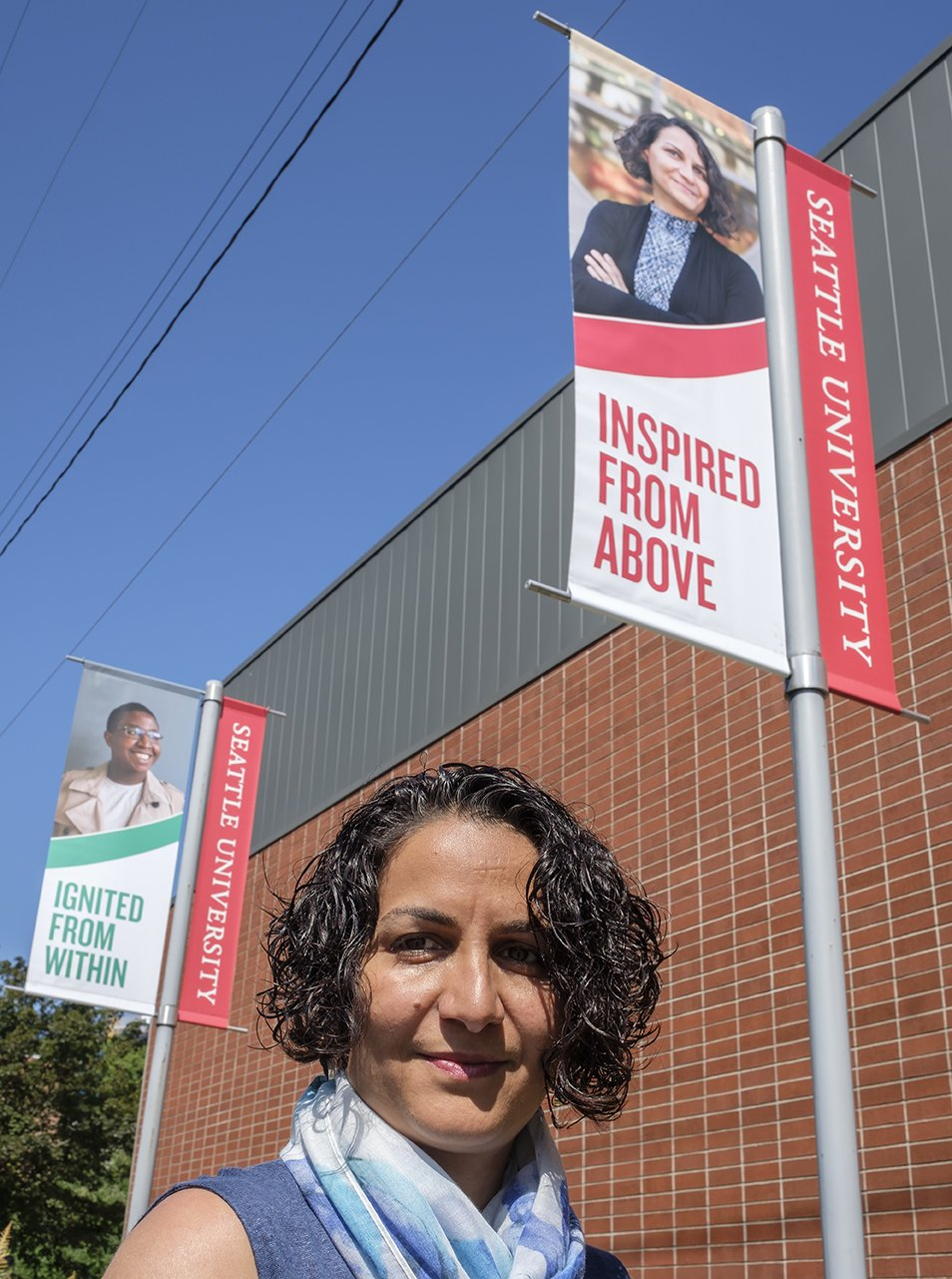 Seattle University On Twitter She Looks Familiar Su Computer Science Software Engr Prof Roshanak Roshandel Is Featured On A New Su Banner Installed Today Seattleu Https T Co Fq9vtdt167