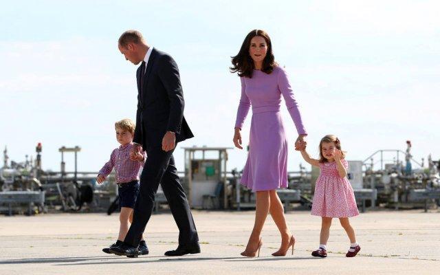 Príncipe William e Kate Middleton não dão aparelhos eletrônicos para os filhos https://t.co/uxq9YVrK3U