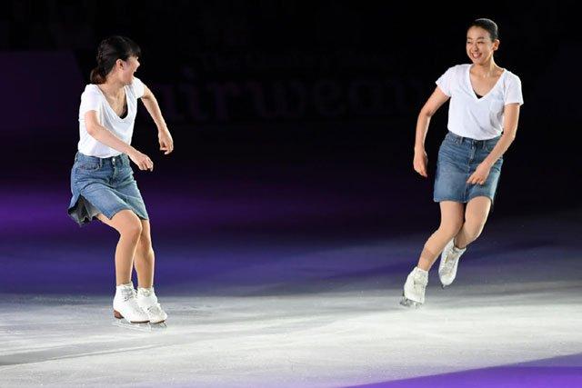 【THE ICE】#浅田真央 #村上佳菜子(写真:坂本清) #figureskate #フィギュアスケート #THEICE