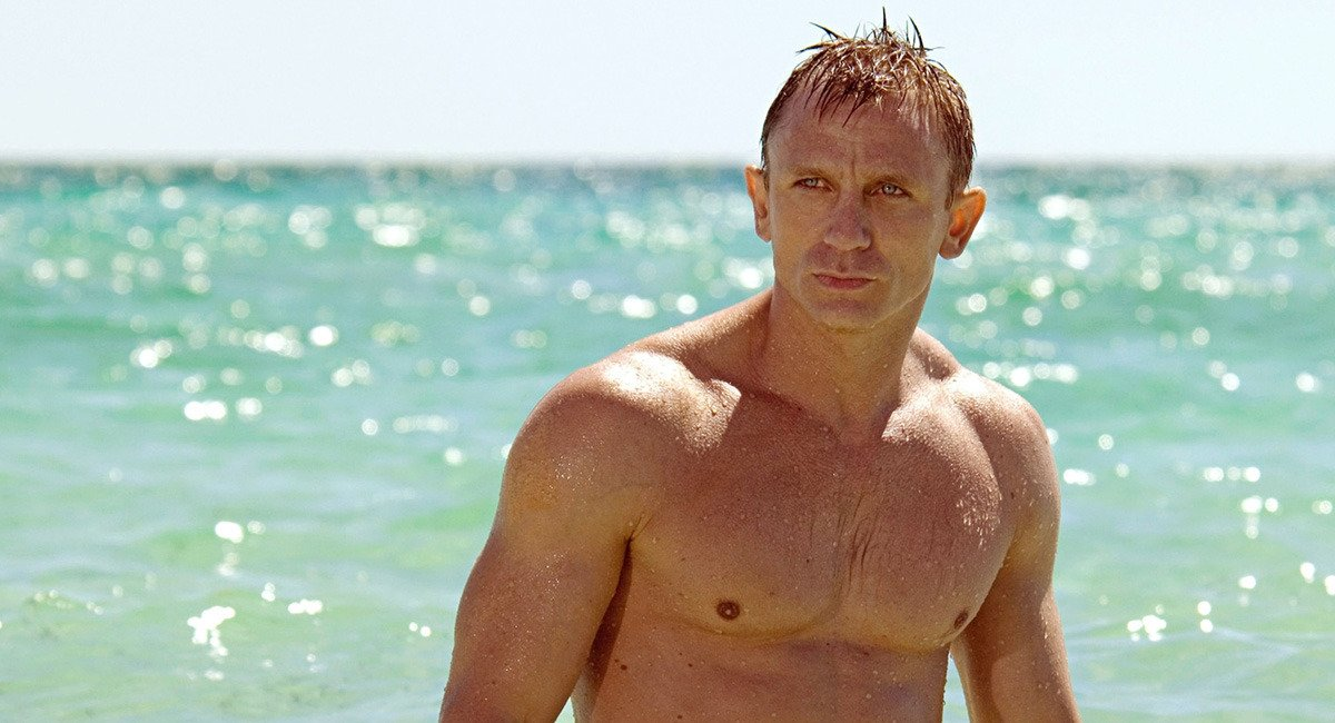 Daniel craig body casino royale