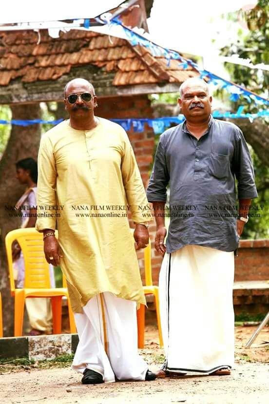 Actor #Siddique and #Alansiar in #VelipadintePusthakam @KeralaBO1 @MalayalamReview @MohanlalMovies<br>http://pic.twitter.com/sgCaSeE9gD