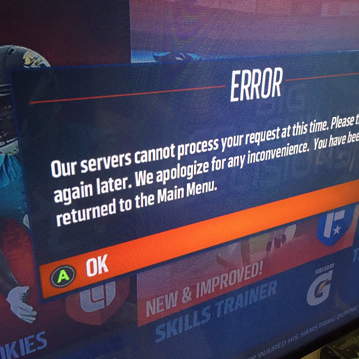 @EASPORTS you're killing me smalls! What gives? Is it just me? #madden