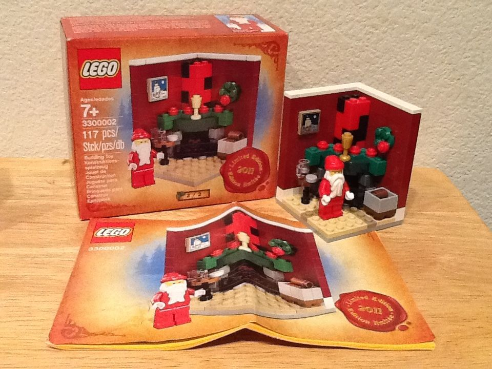 Limited Edition 2011 Christmas Holiday set 2 of 2 New Lego 3300002