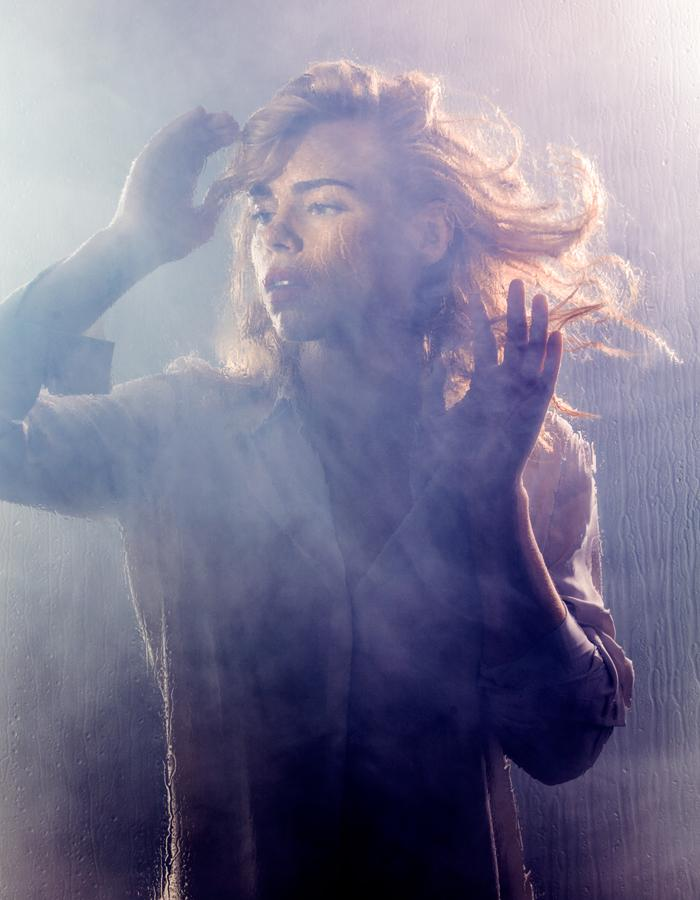 I have just seen #Yerma @youngvictheatre congratulations to a magnificent cast - WOW, what a play. Big thank you to @CloutComCoUk https://t.co/GBnnPdbMMs
