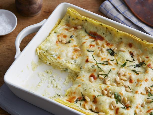 Cooking channel on twitter livin for this pesto lasagna https cooking channel on twitter livin for this pesto lasagna httpstrrwe35qmus nationallasagnaday forumfinder Image collections