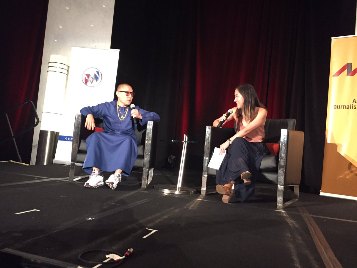 .@MrEddieHuang talking real s**** with @katchow at #AAJA17