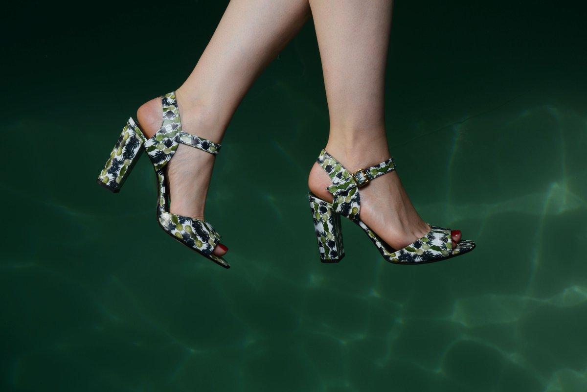 """Résultat de recherche d'images pour """"chaussures les pavés sonores"""""""