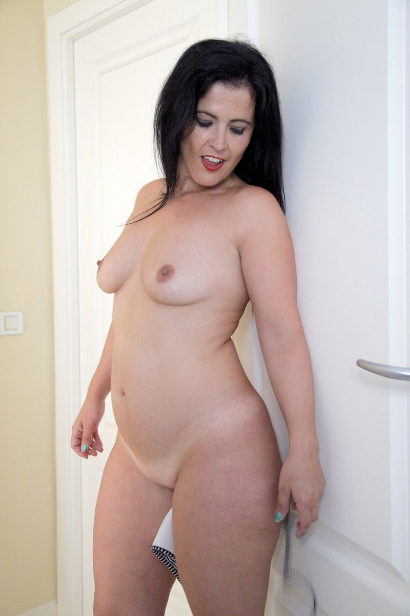 Hottest nude women images