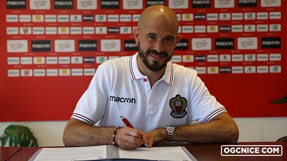 🔴 OFFICIEL ! Christophe Jallet s'engage avec l'OGC Nice !