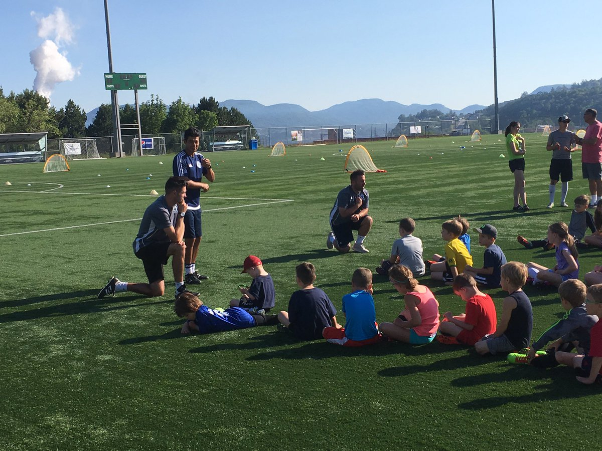 @WhitecapsFC soccer camp day 2 kicking off this morning in @CornerBrook. Such an awesome experience for these kids #beautyday #beautifulgame<br>http://pic.twitter.com/VEddeluer2