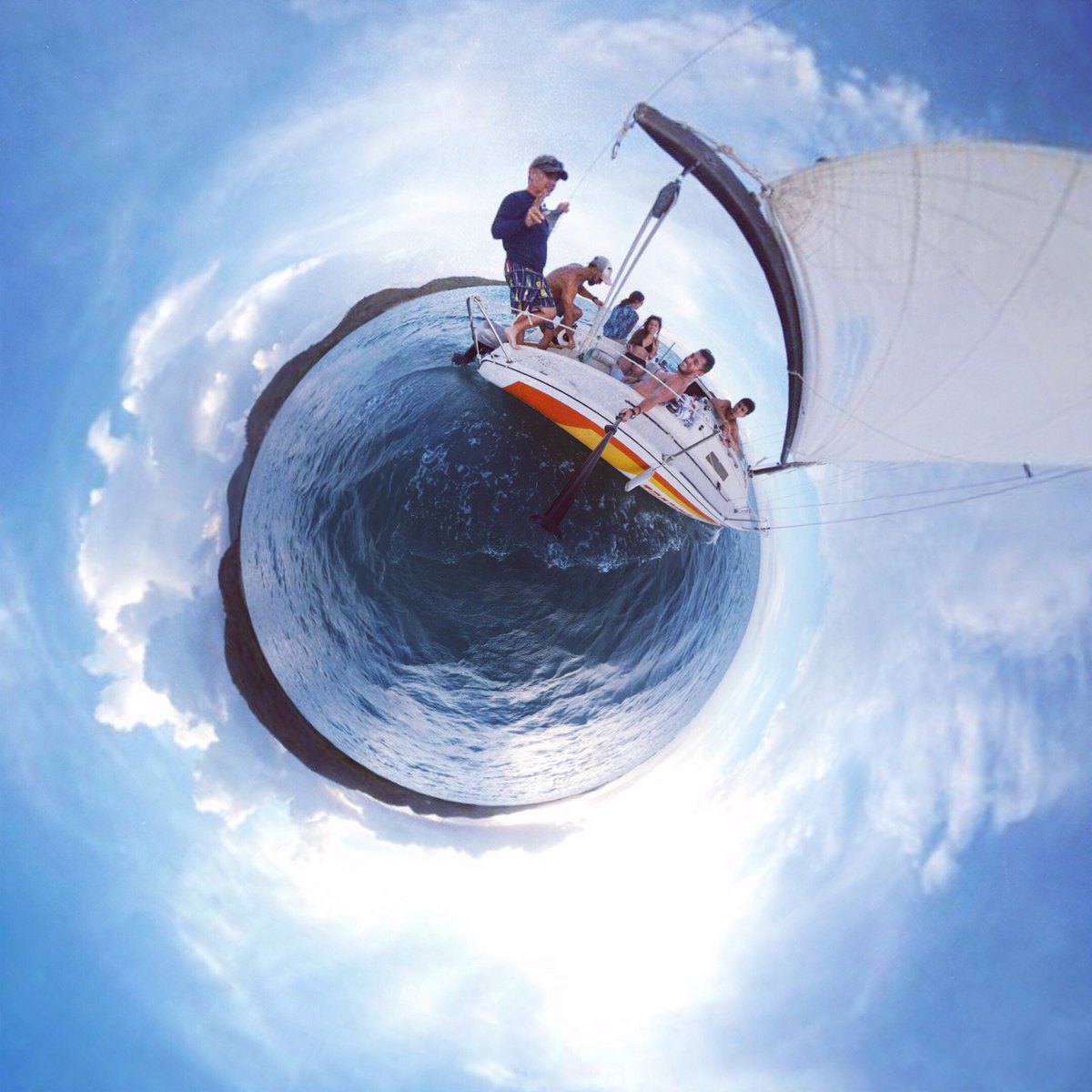 Let your dreams set sail in paradise  #paradise #puertorico #sailing #ocean #bolivia #chile #javicel #tinyplanetcouple #tinyplanet #tiny<br>http://pic.twitter.com/RZF7ysSaEe