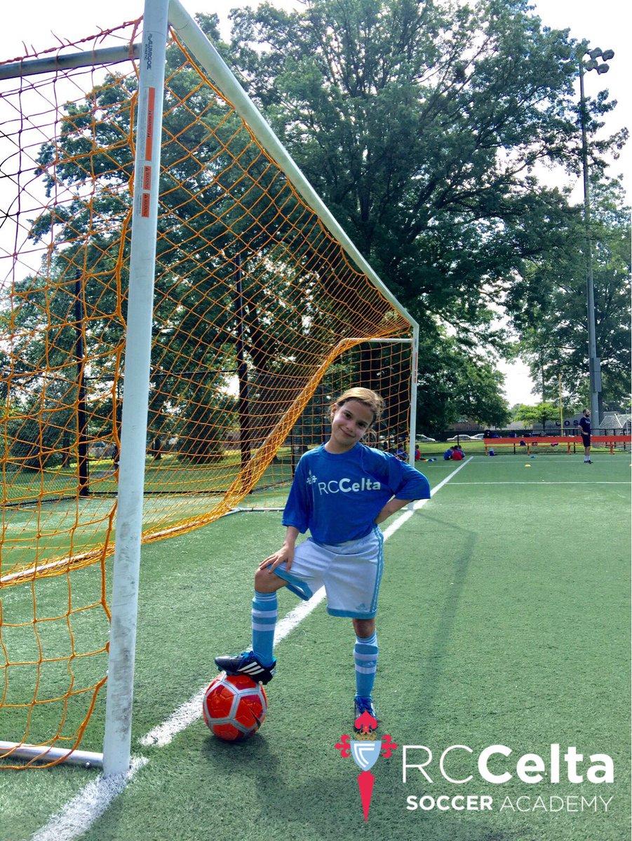 Creating future leaders in the world of soccer!  #rccelta #girls #soccer #usa pic.twitter.com/3en8Zd1N3v