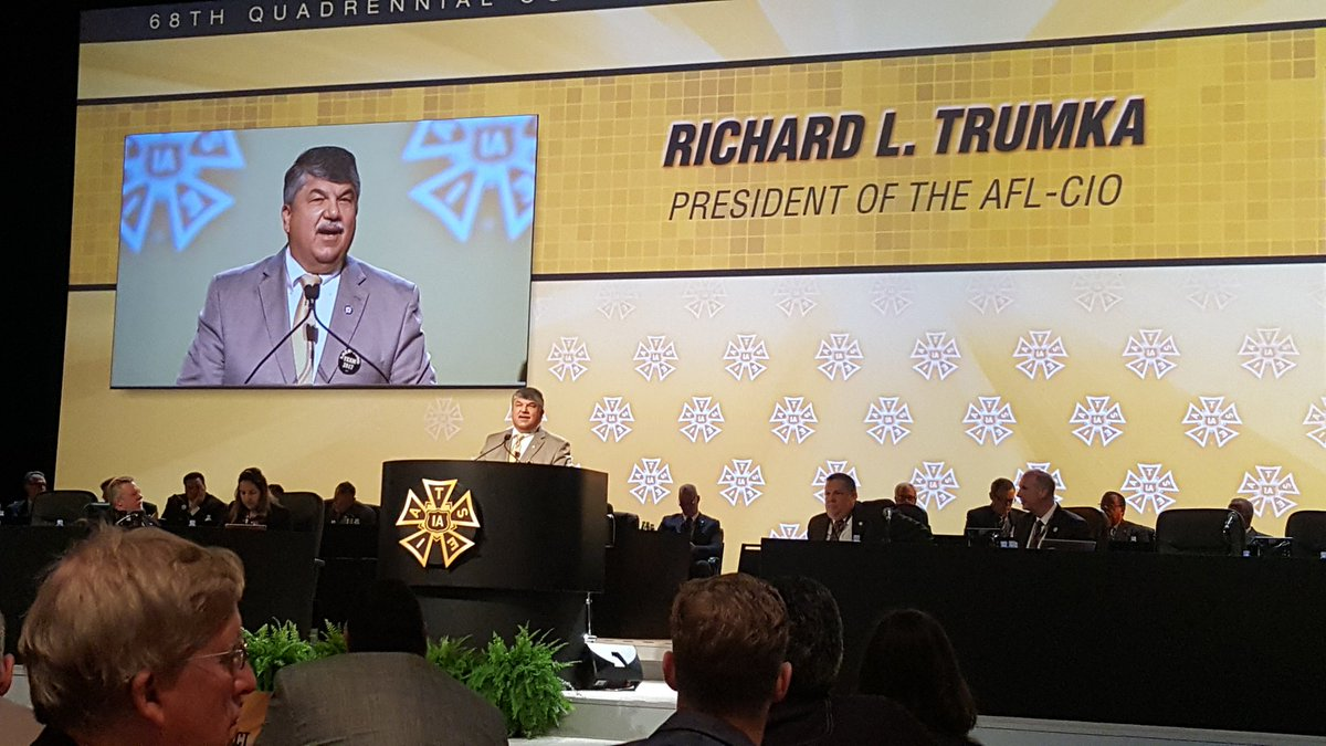 &quot;I&#39;ll take our solidarity against their $ any day of the week&quot; #IATSE #RichardTrumka <br>http://pic.twitter.com/UqeM50FRU3