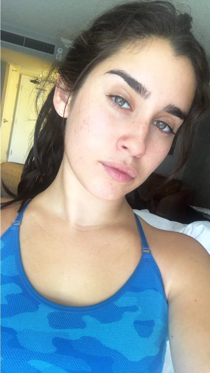 RT @CamrenNews_Tx: Lauren y Camila sin maquillaje....ME DA VIDA 😍❤️  #ChoiceSummerGroup #TeenChoice @FifthHarmony https://t.co/H3WLDaoYqy
