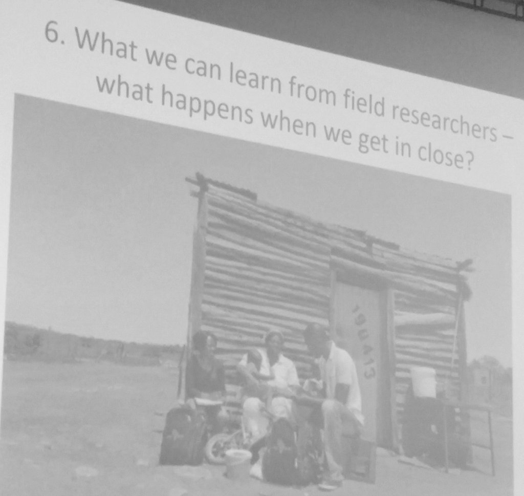 .@maureen0kelley asks what can we learn from field researchers, what happens when researchers get in close? #OGHB2017 <br>http://pic.twitter.com/Wj7Tc56Yrb