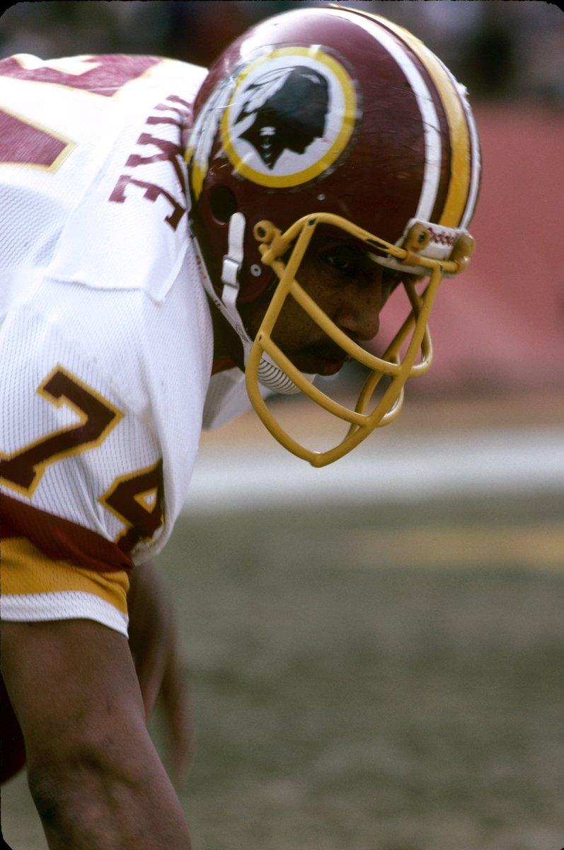 Help us wish #Redskins great OL George Starke a happy birthday! #HTTR