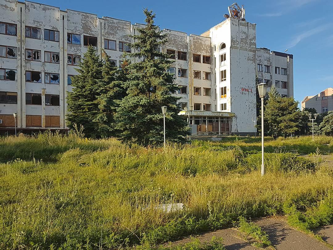 Террористы обстреляли из артиллерии жилые кварталы Авдеевки - ранено два человека, - Жебривский - Цензор.НЕТ 2911
