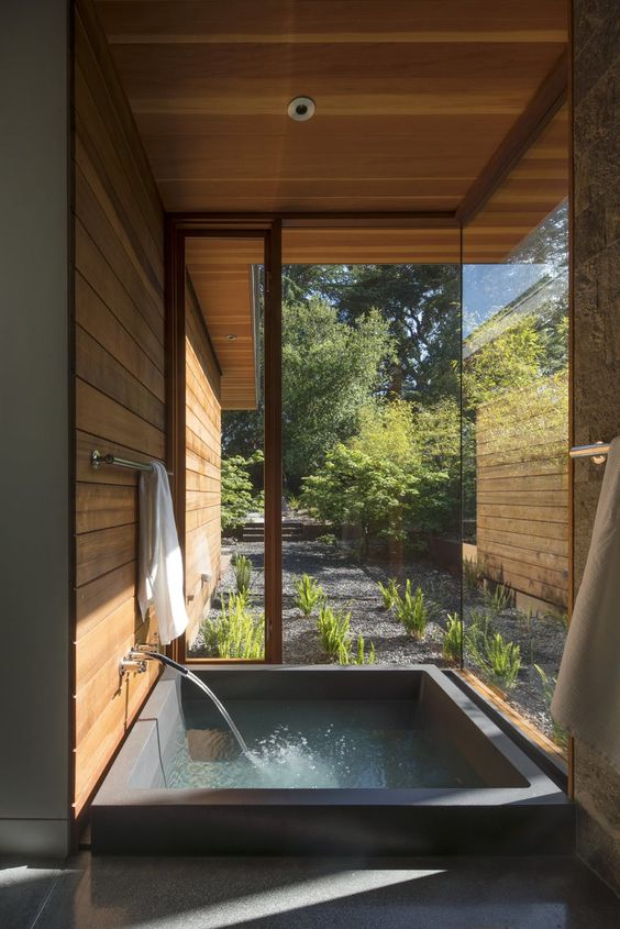 #Bathroom design with an outdoor component. #Design #Architecture #Baño #Toilette<br>http://pic.twitter.com/9UXyzjj4Zc