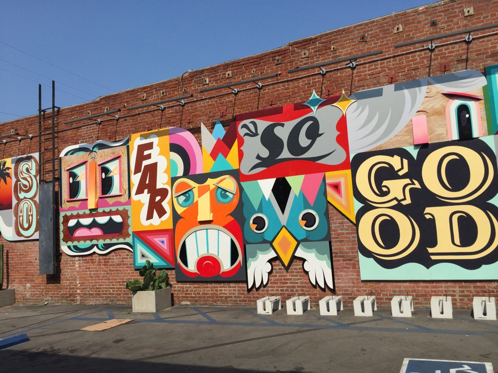 Different city and still loving the graffiti #coolthingsonthestreet LA version #traveltuesday #graffiti