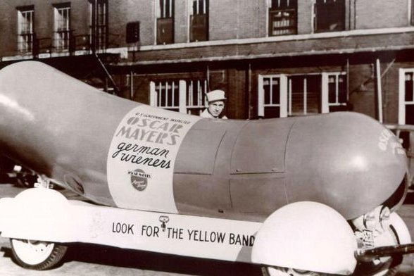 Happy Birthday to me! 81 years ago today, the Wienermobile was invented by Oscar Mayer's nephew, Carl Mayer. https://t.co/vL1ZNVQ4ok