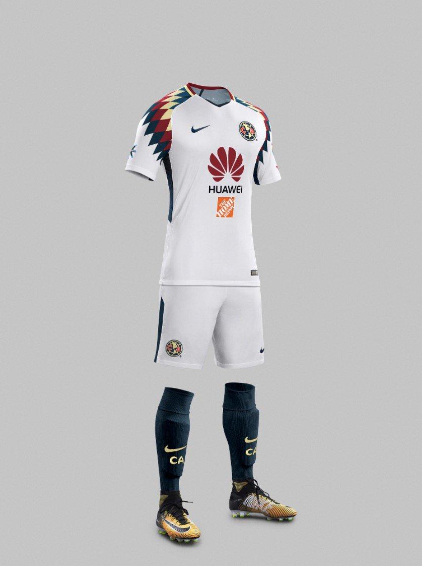quality design a91e3 a738d B/R Football on Twitter: