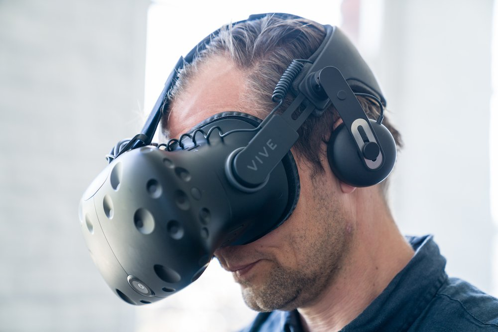 .@FastCompany reports that there may be possible benefits to high-end VR usage - Read more here - bit.ly/VReyesight