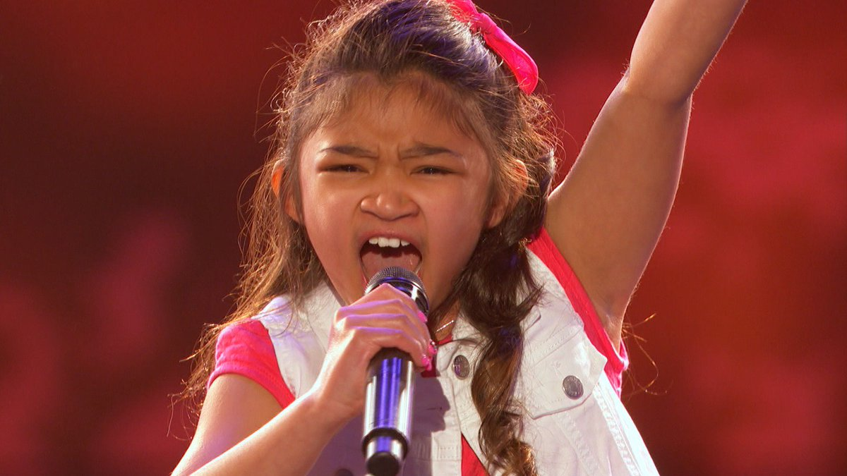 RT @AGT: That time @angelicahale got the #GoldenBuzzer and stole our hearts. 💖 #AGT https://t.co/VuWLSYdORF