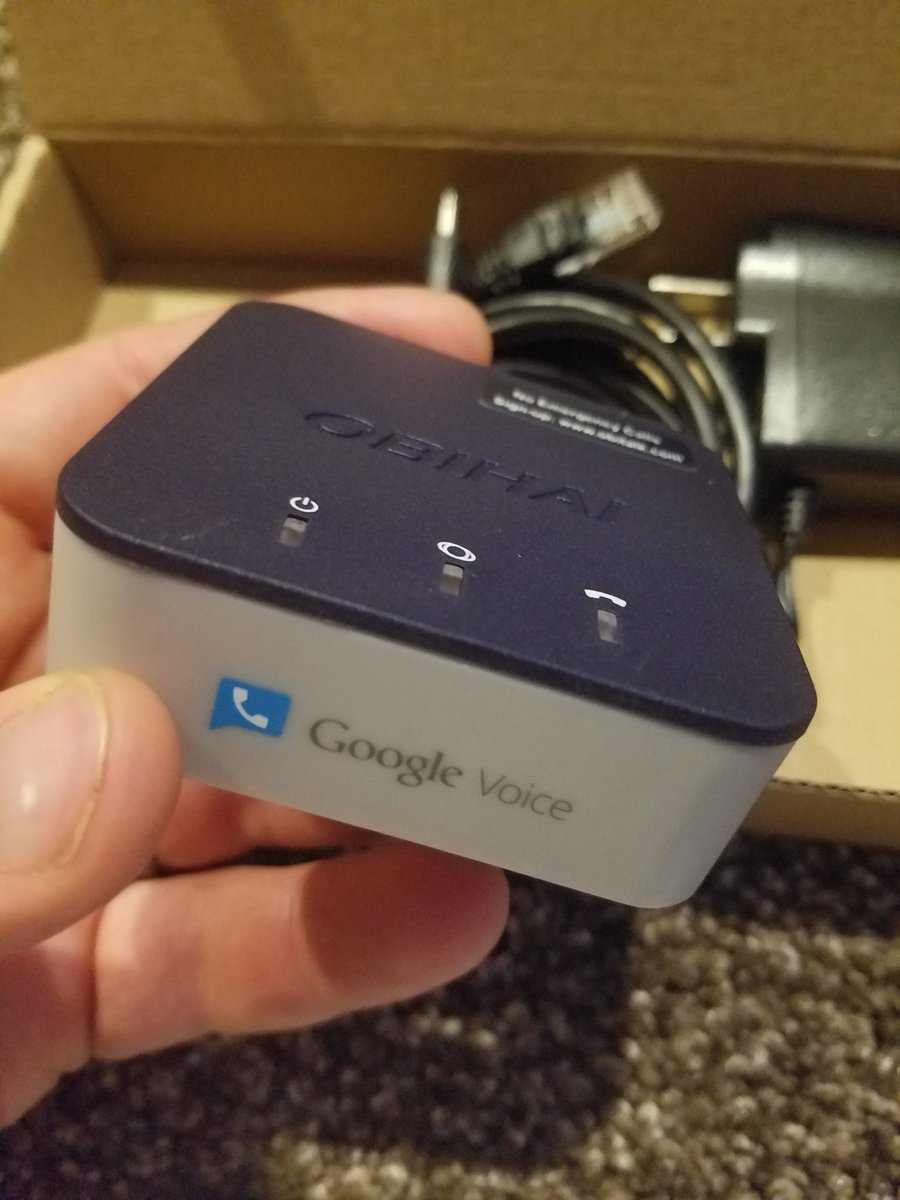 I just hooked up this little box and @Google voice and I have a free house phone line for life! Can&#39;t believe it! #googlevoice <br>http://pic.twitter.com/9IognrKHF9