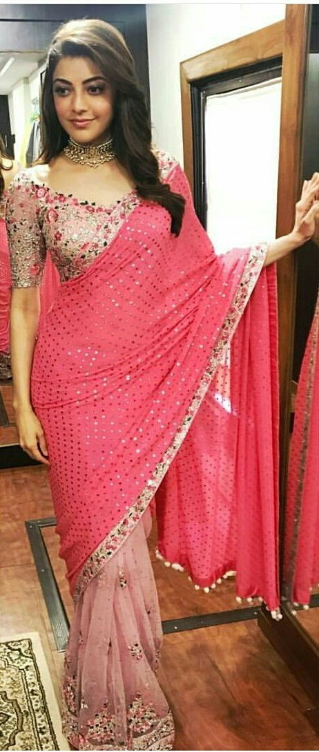 Statuesque @MsKajalAggarwal from the shooting of #MLA. Very pretty in pink. #Kajal<br>http://pic.twitter.com/2FoKv80rUP