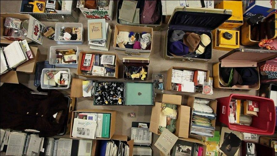Vivian Maier era, antes que nada, una coleccionista. #findingvivianmaier | youtube.com/watch?v=2o2nBh…
