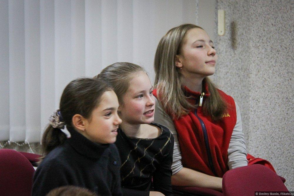 Полина Сергеевна Шелепень - Страница 4 DFFPz7PW0AEchgq
