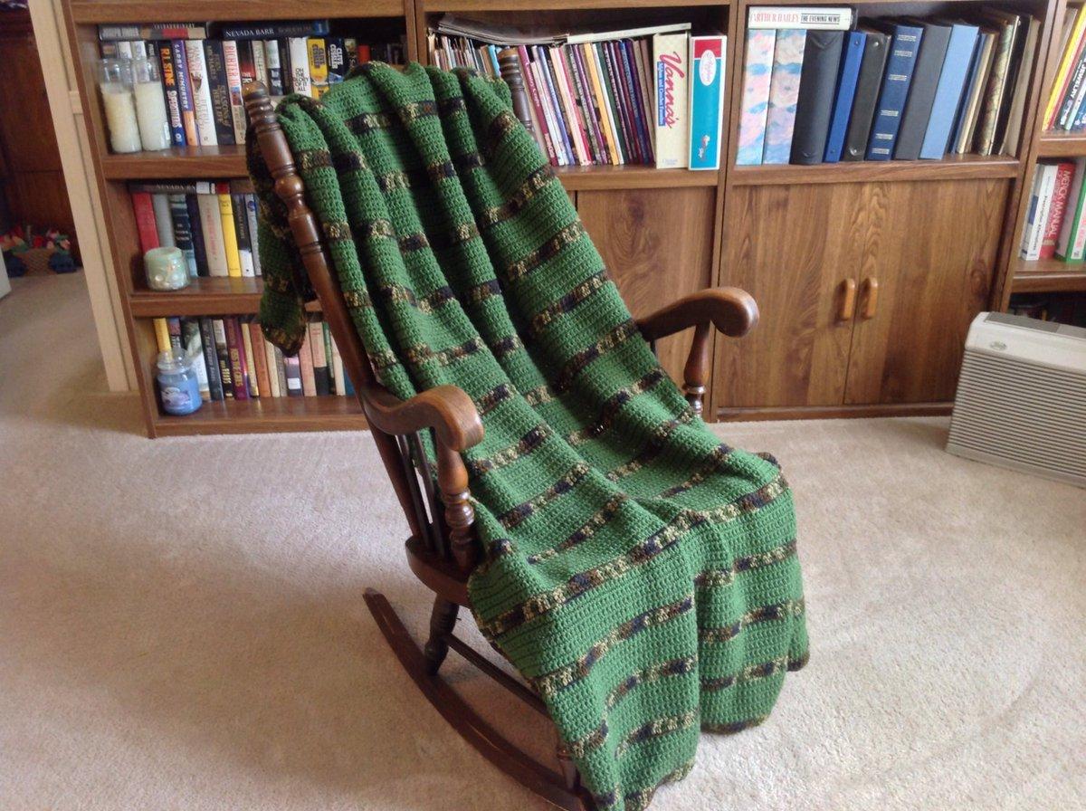 Camo &amp; Green Hand Crocheted Afghan/Throw/Blanket, Free Ship, Man …  http:// tuppu.net/a9d1ad77  &nbsp;   #YarnQueens #MilitaryGift <br>http://pic.twitter.com/nRND7z9PD0