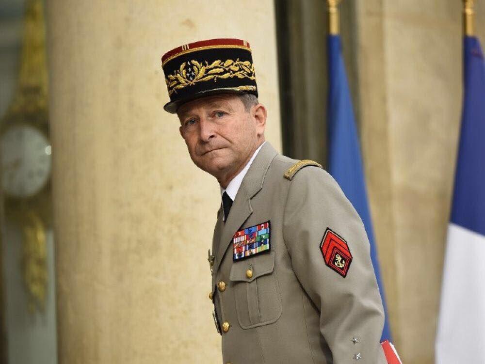 🖋 « Démission du général Pierre de Villiers : les #Armées perdent un défenseur acharné » | Mon communiqué : frontnational.com/2017/07/demiss…