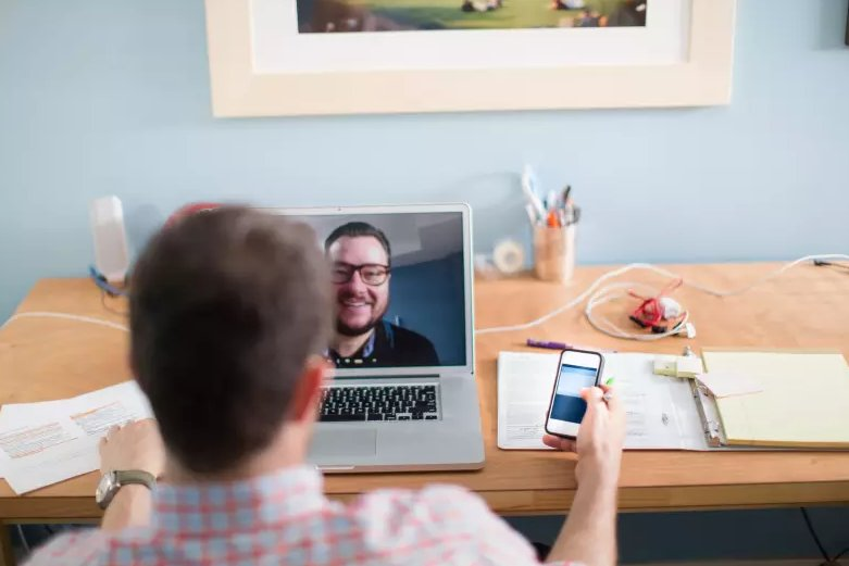 Interesting look at tools to help entrepreneurs collaborate remotely: https://t.co/9HgRFUJUXM #readbyrichard https://t.co/iyc9gWZM9U