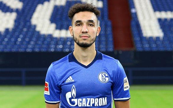 Nabil Bentaleb explains how his role changed from Tottenham to Schalke. #THFC #COYS https://t.co/UIkUcv0CO9