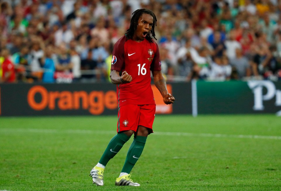 #MN: Milan are optimistic about the deal for Renato Sanches. Milan will meet Bayern on Saturday in China. <br>http://pic.twitter.com/DjHLBwwpa0