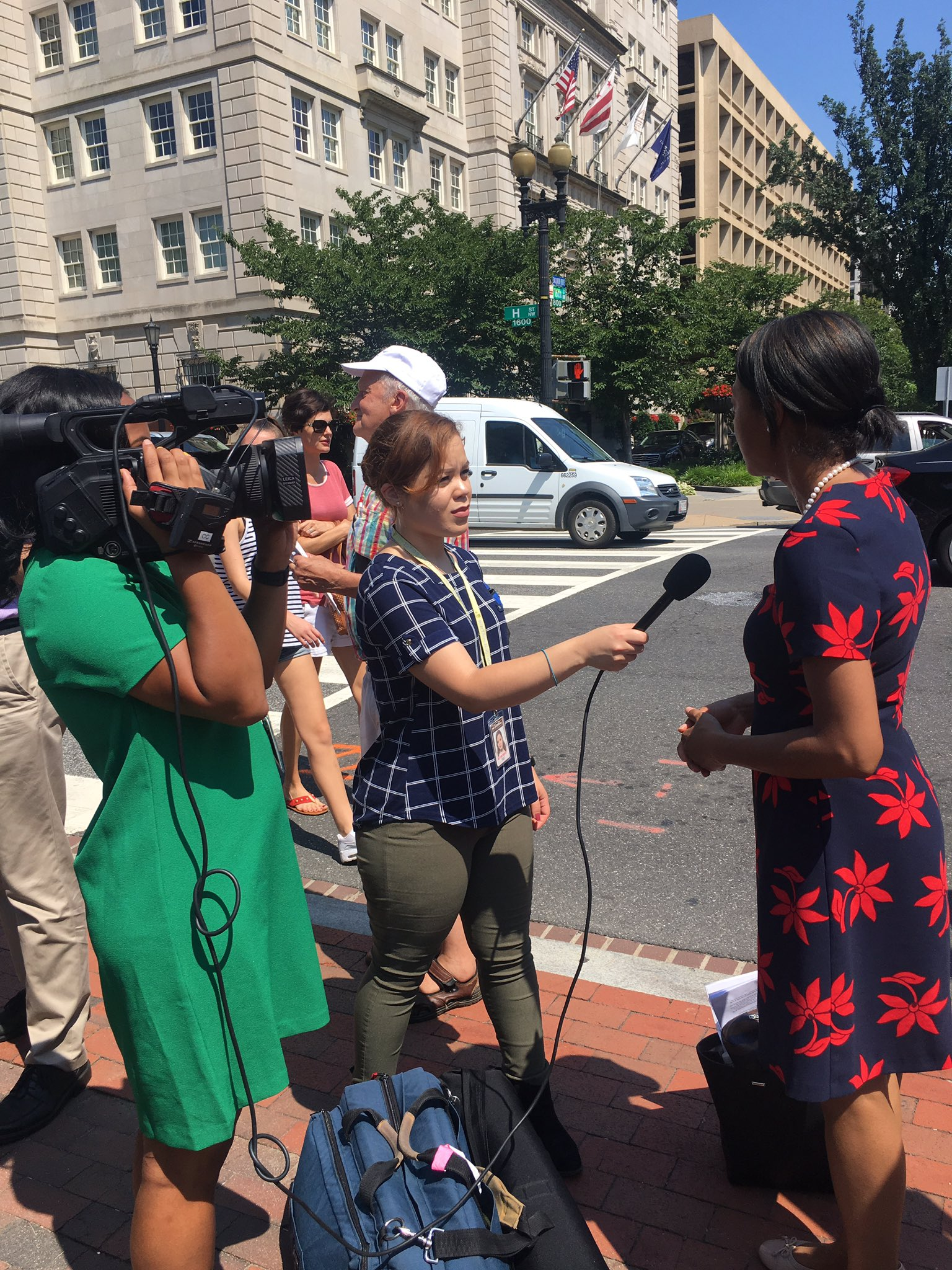 Jennifer Bellamy of @ACLU speaks to media about threat sham commission poses to the accuracy and security of voter records #RespectMyVote https://t.co/5ftBJ8glJG