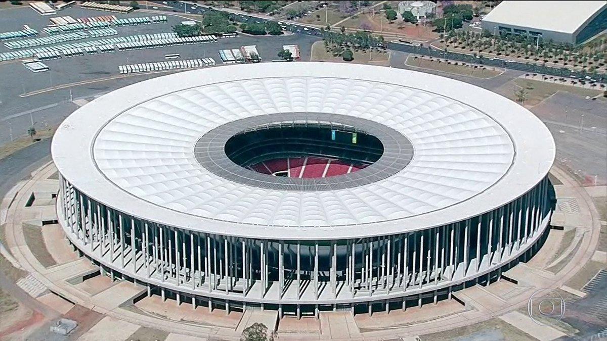 Estádio Mané Garrincha recebe conta de água milionária: https://t.co/A0PfZ4QFNb