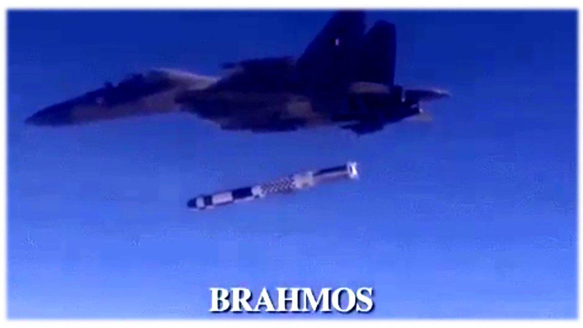 الصواريخ المضادة للسفن ..Anti-ship missiles DFGa2CyVYAEslwq