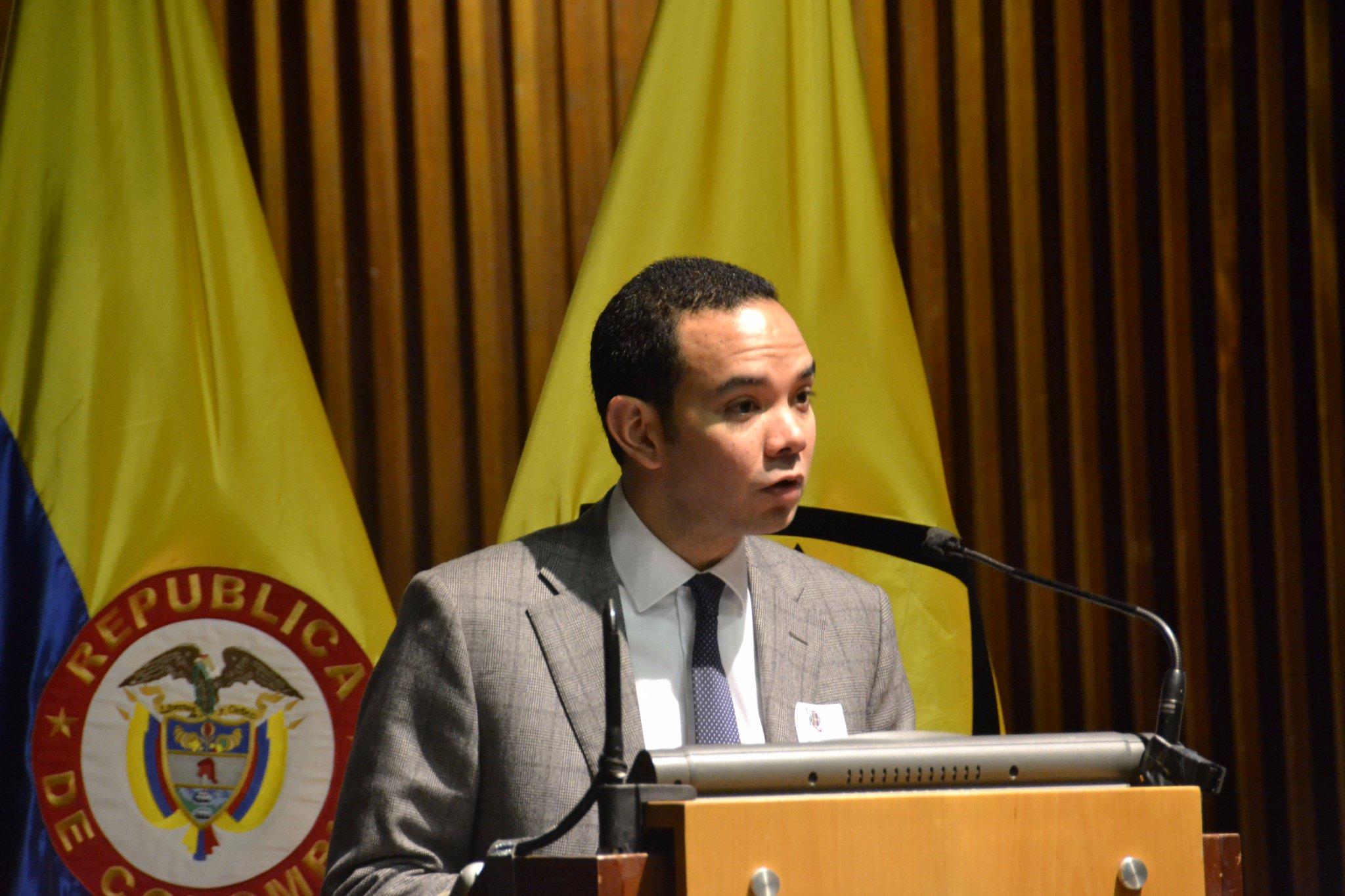Interviene Juan Felipe Quintero, Subdirector Territorial y de Inversión Pública del @DNP_Colombia #CrecimientoVerde: https://t.co/1pnwASUUMV https://t.co/p9rOQ0Zn20
