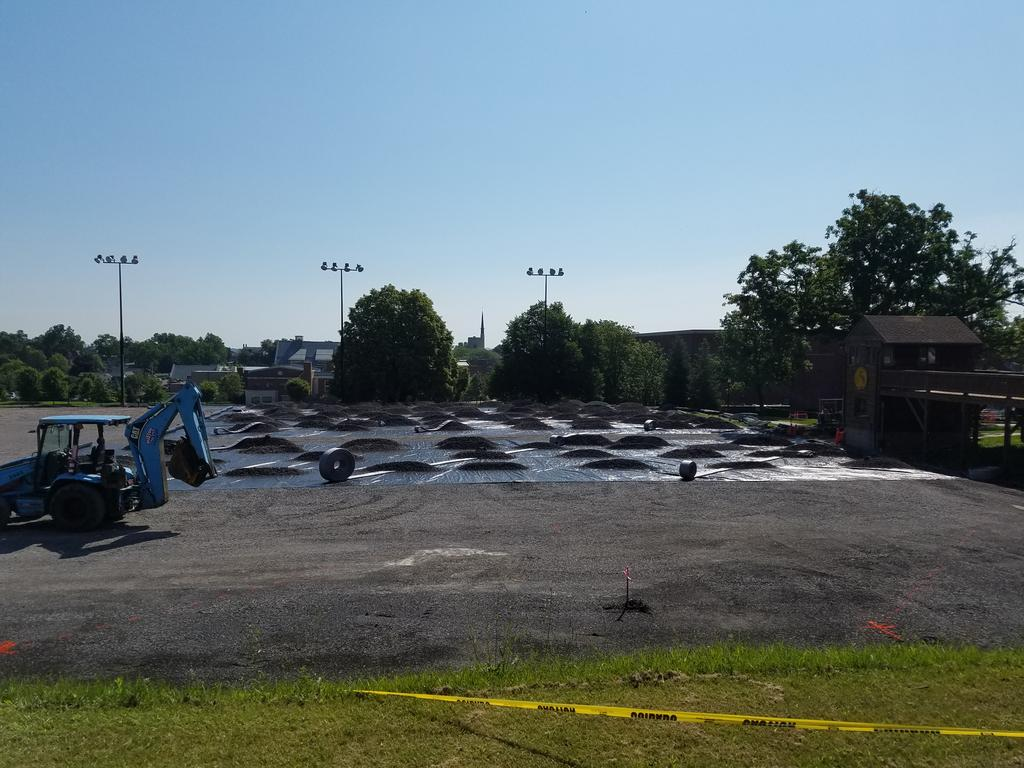Next step in the process @HWSAthletics @HWSColleges tennis courts! #drainage #beautyday <br>http://pic.twitter.com/xEnsoIa3J0