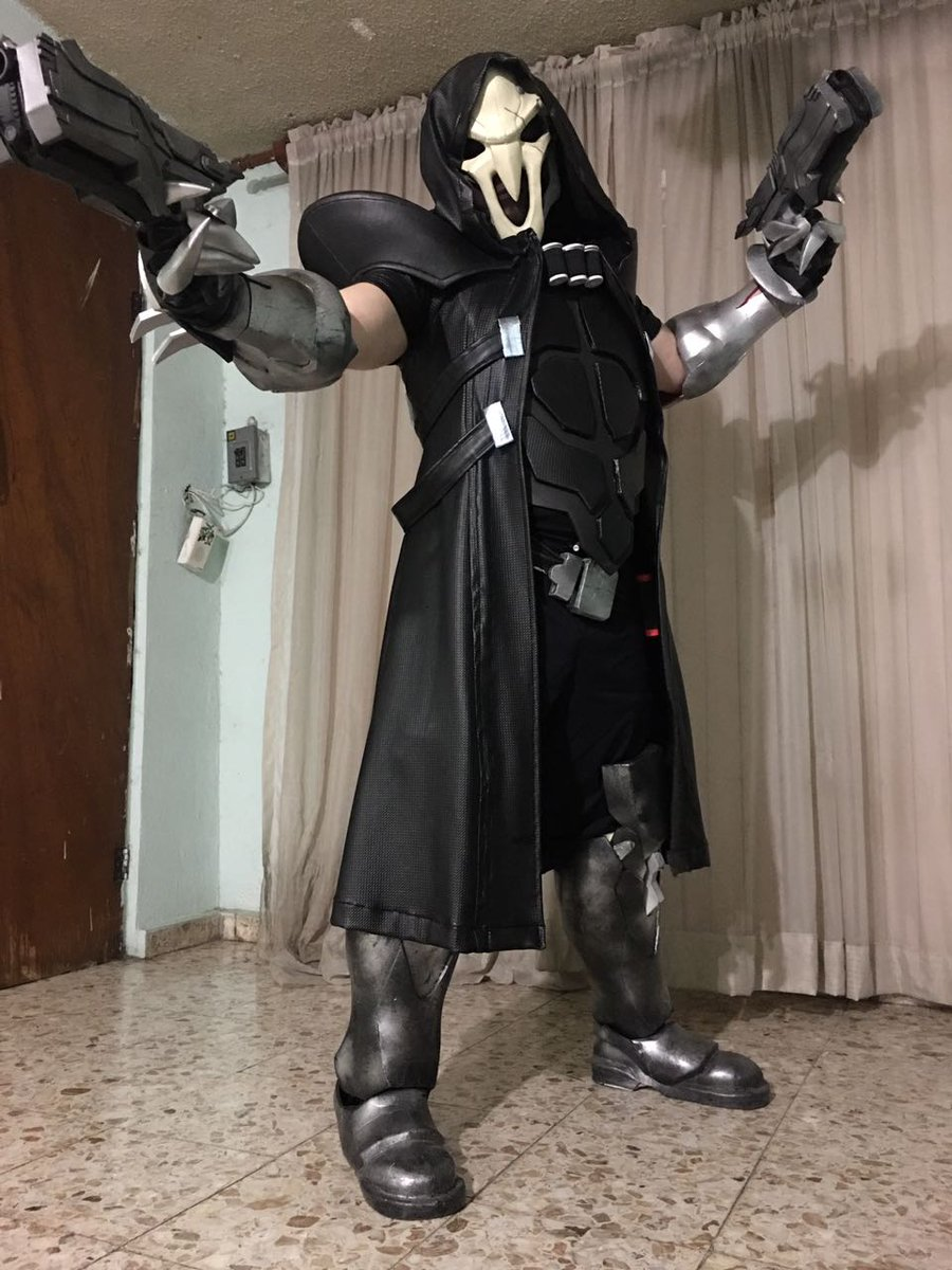 Have you seen a Ghost?  #reaper #cosplay #Overwatch #laparka  #hastag...