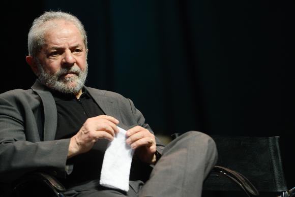Juiz do DF manda apreender passaporte do ex-presidente Lula. https://t.co/pF5Viwmw8Z 📷 Arquivo/ Fernando Frazão/ABr