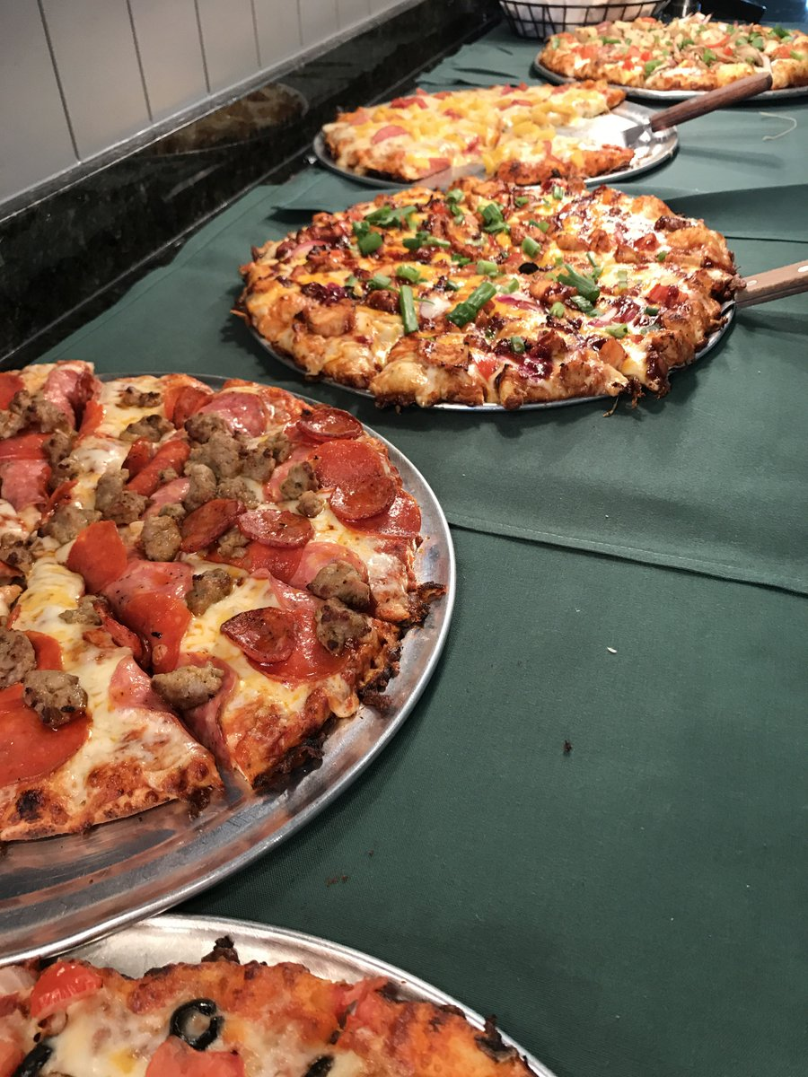 Incredible Round Table Pizza On Twitter Check Out Our Lunch Buffet Home Interior And Landscaping Fragforummapetitesourisinfo