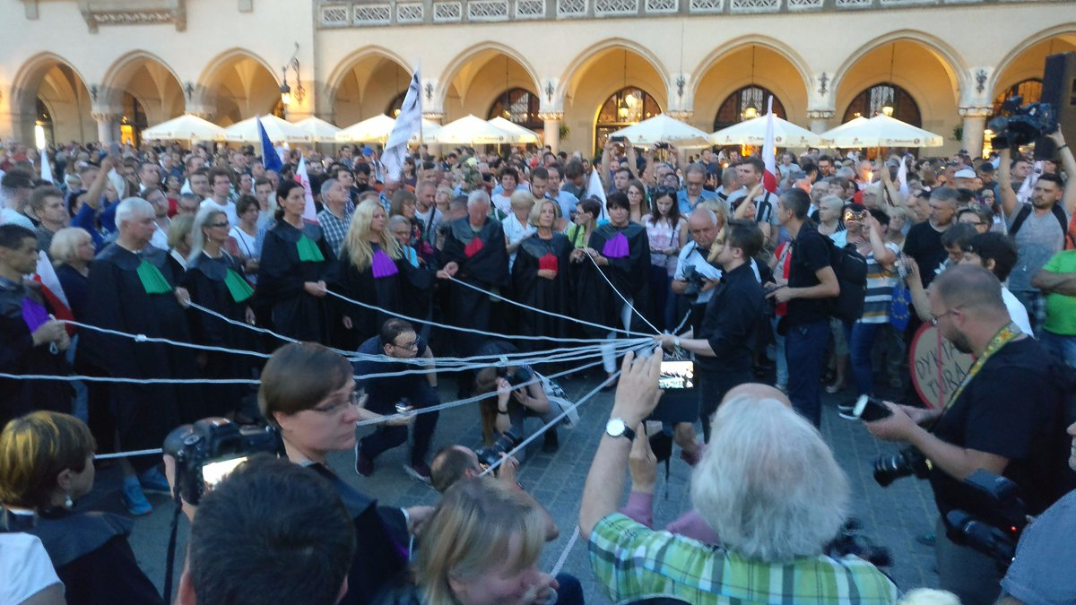 street theatre in defense of independent courts in Krakow, a few minutes ago