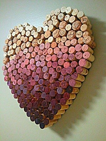 Check out our Top 10 DIY Cork Projects &amp; create something new!  http:// ow.ly/qj9Q30dHXaV  &nbsp;   #wine #diy #corks #pinotspalette #pinterest<br>http://pic.twitter.com/KURErniqNh
