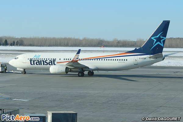 Hybrid livery on this @Boeing 737 @airtransat at #Montreal #YUL #avgeek #aviation #planespotting @B737Fans  http://www. pictaero.com/fr/pictures/pi cture,268544 &nbsp; … <br>http://pic.twitter.com/JXcYDlqKHm